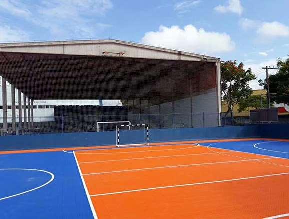 篮球场应用悬浮地板好用吗