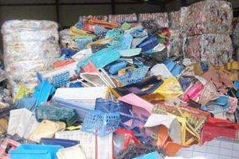 全球塑料回收链断裂 未来何去何从