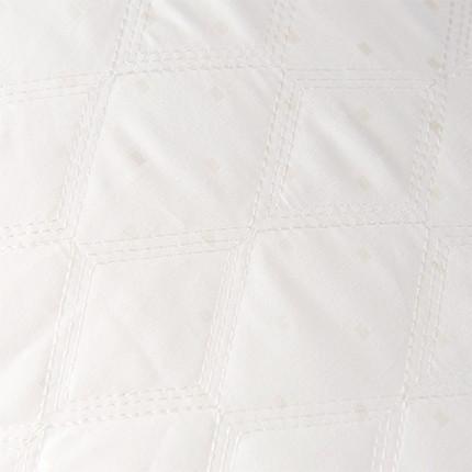 绗缝方格羽丝枕