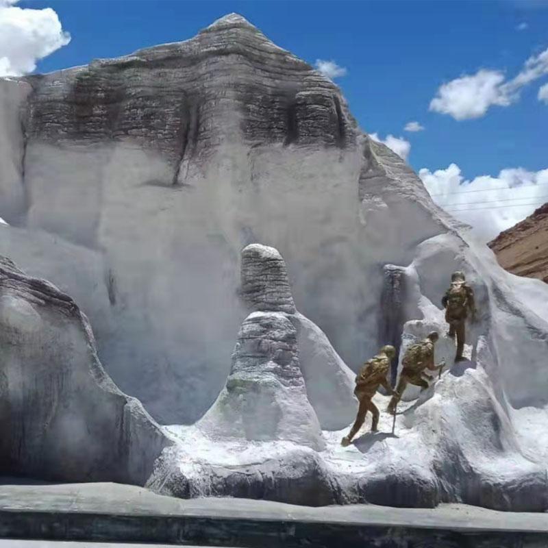 珠穆朗玛峰雕塑