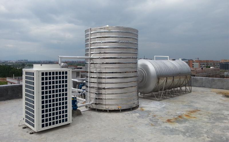 热风型暖风机是水暖与风暖的结合体