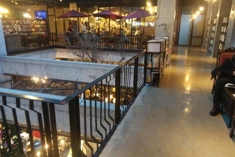 呼和浩特市咖啡厅-混凝土密封固化地坪.