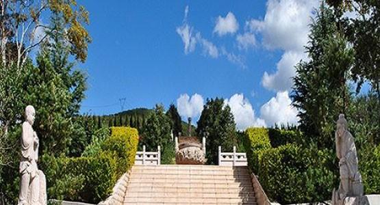 云南昆明宝象山生态陵园