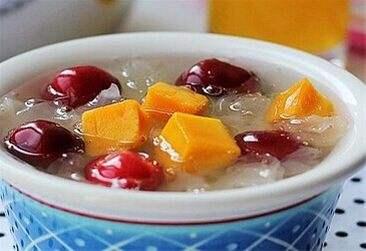 月子餐—银耳水果羹