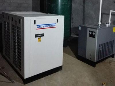 安徽安庆某粮食加工厂37千瓦空压机系统