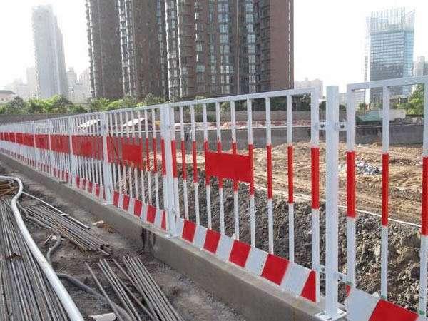 基坑临边防护栏的制造工艺种类