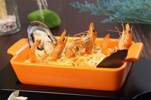 浓汁海鲜烤饭