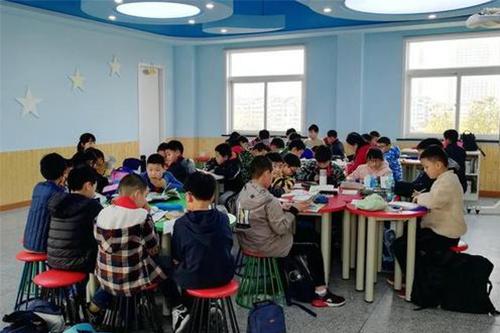 中小学教育咨询机构建议把阅读选择权还给孩子