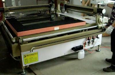 SK-1312直线玻璃切割机