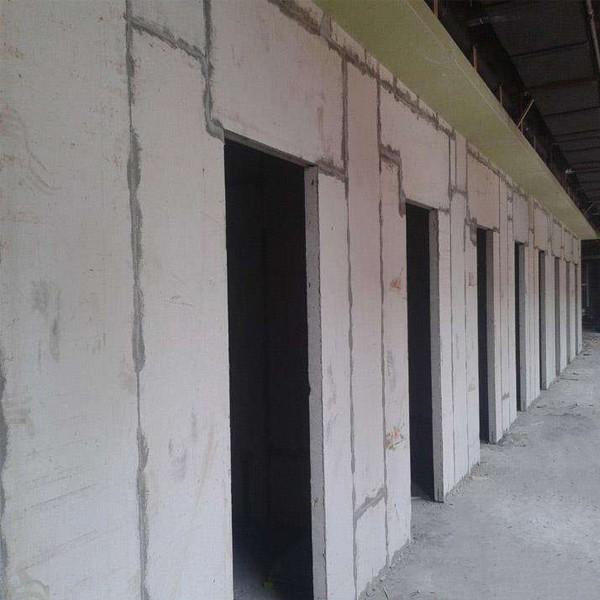 水泥轻质隔墙板可以用于室内非承重墙的隔断