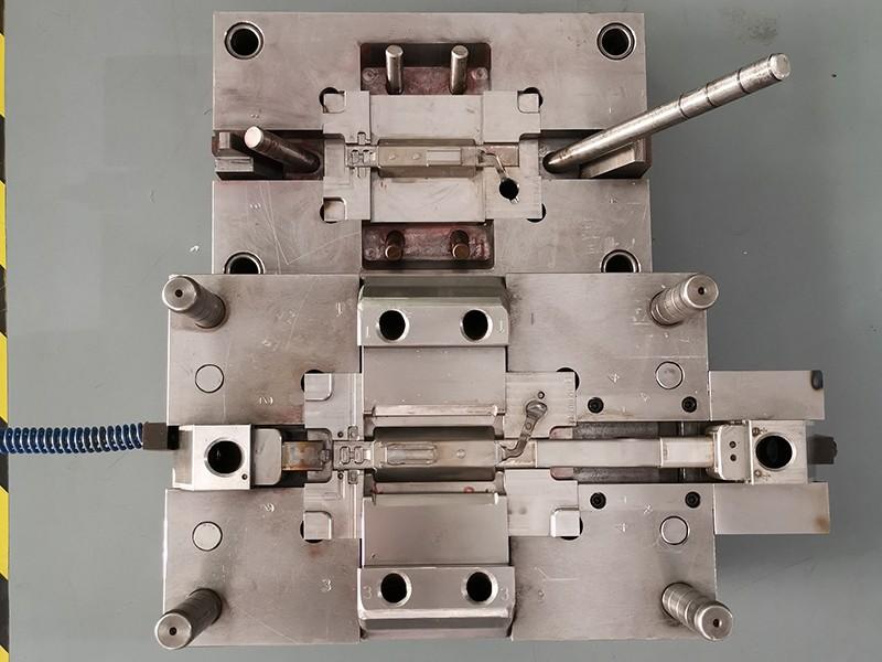 麦克风主体压铸模具