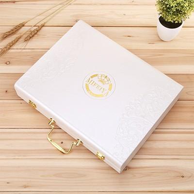 白色化妆品礼盒定制