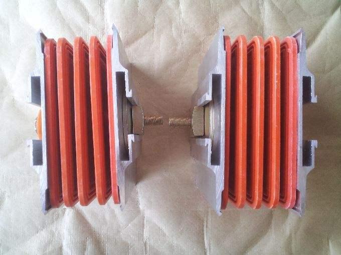 母线槽接头器