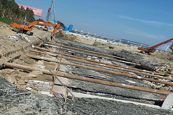 福建钢板桩租赁公司分享完工后拉森钢板桩该如何拔除