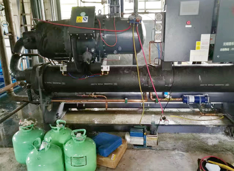 商用中央空调设备补氟