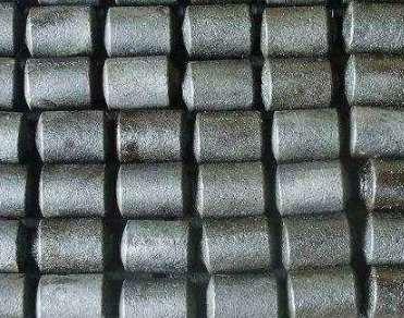 耐磨钢锻与普通圆钢对比有哪些不同