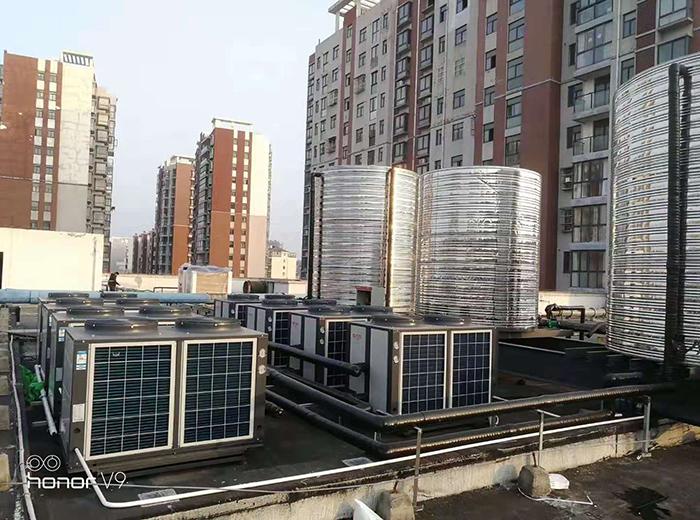 兴化浩沙健身空气能热水器+太阳能安装设计工程案例