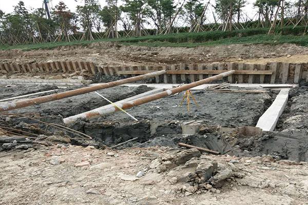 拉森式钢板桩施工