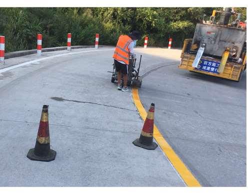 道路标线施划有哪些表现形式