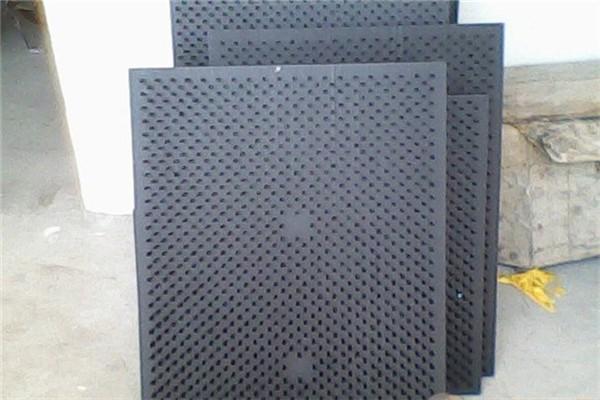 PVC板刷生产