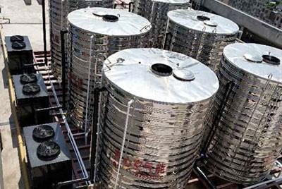 张家界金海学校120吨空气源热泵热水系统工程