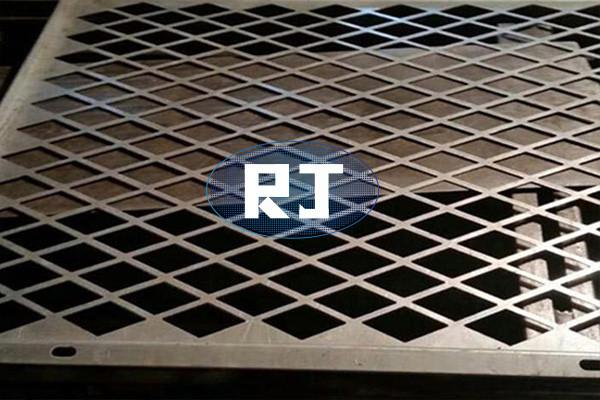 为何要对冲孔网板做表层防腐蚀解决?