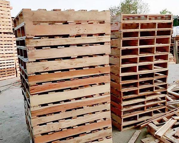 二手木托盘    尺寸1.1m×1.1m