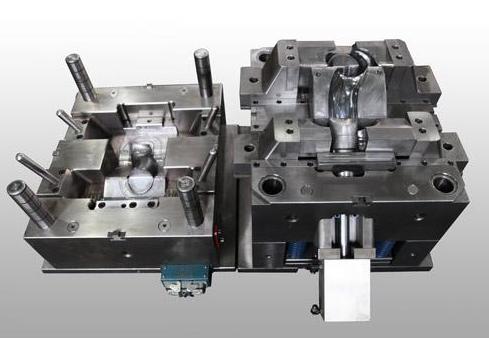如何解决生产过程中注塑模具发生溢料的难题?