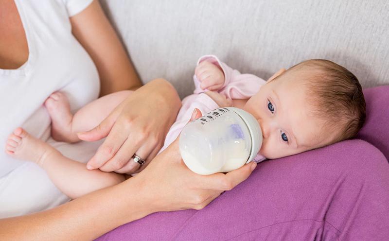 宝妈母乳喂养指导