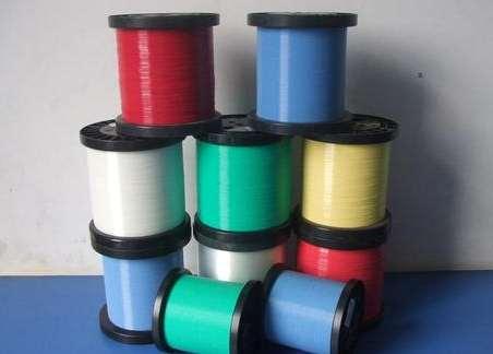有色涤纶单丝造就色彩缤纷的秋冬装