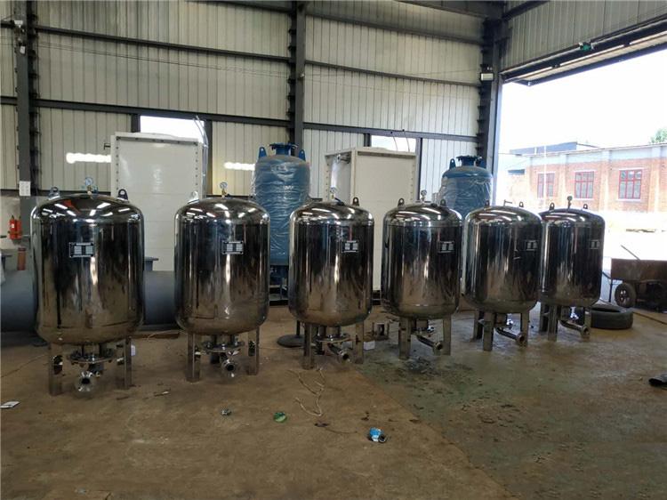 隔膜式气压罐在启动前充水的原因及方法