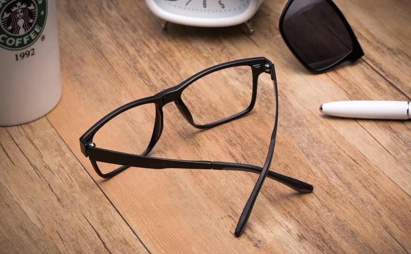近视究竟应不应该戴眼镜