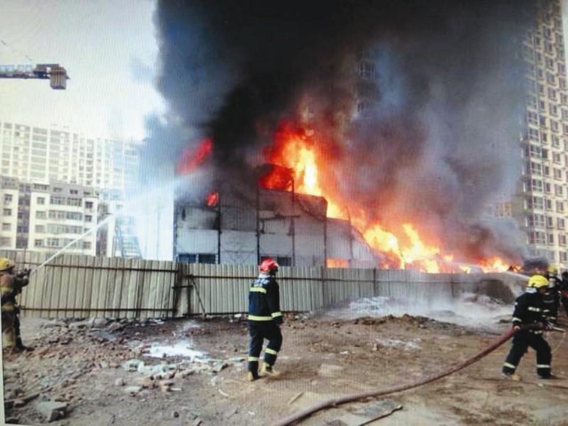 临时建筑火灾救援