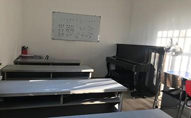 钢琴培训室