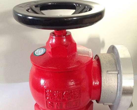 如何使用室内外消防栓