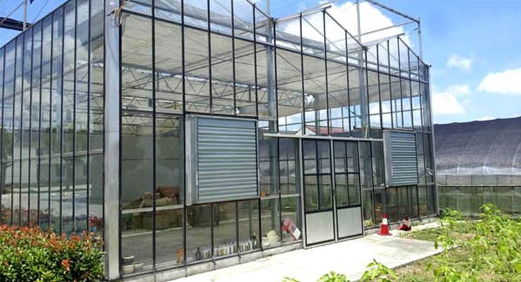 2019新型玻璃智能水果温室