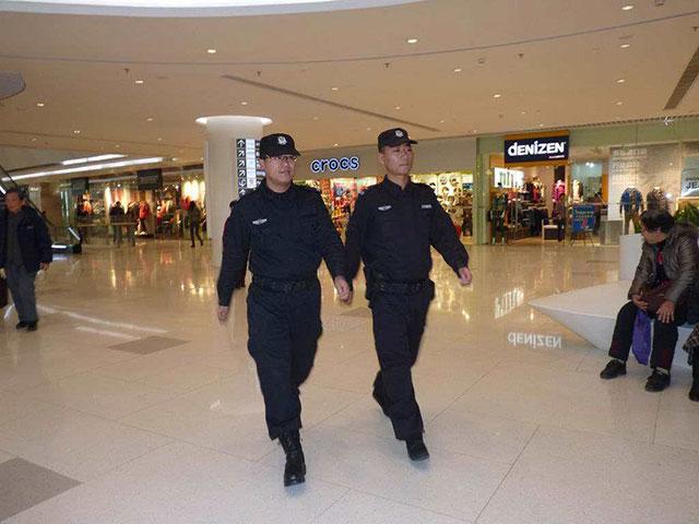 大型商场保安