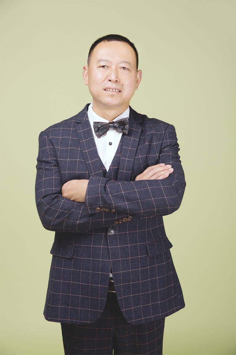 施工总监 杨炳其