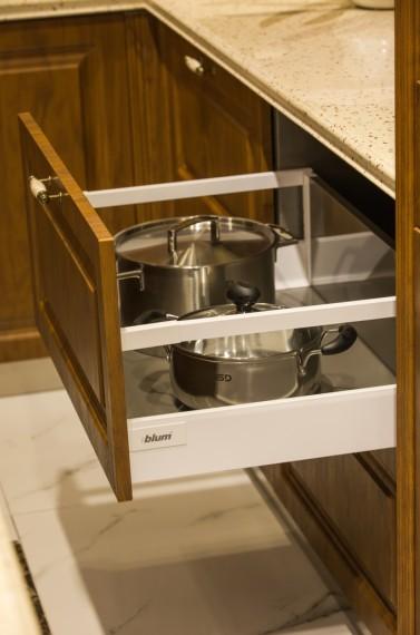 现代不锈钢厨柜生产厂家