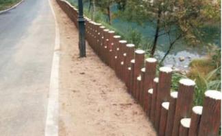 一种仿木桩驳岸施工方法与流程