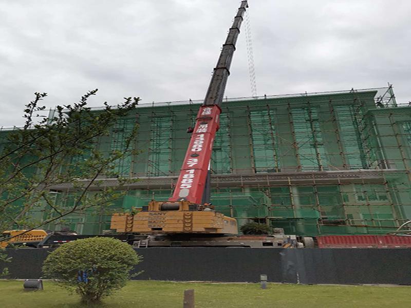 眉山青神縣電力公司施工電梯吊裝現場