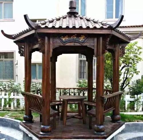 防腐木厂家告诉您,什么是碳化木凉亭