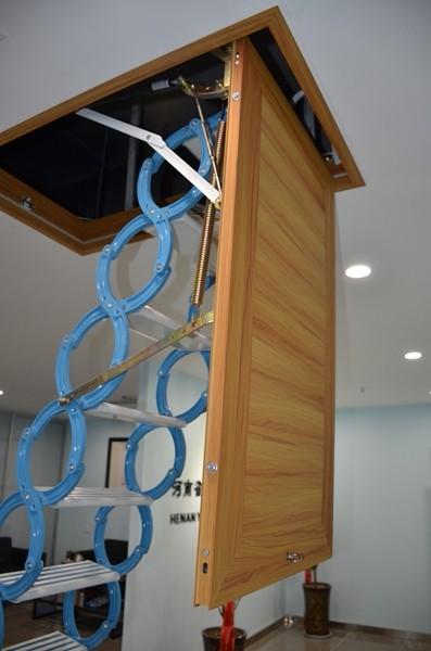 铝合金框伸缩楼梯