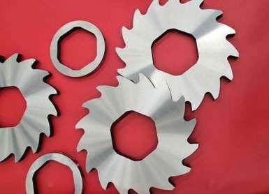 单轴和双轴撕碎机刀片加工有哪些不同