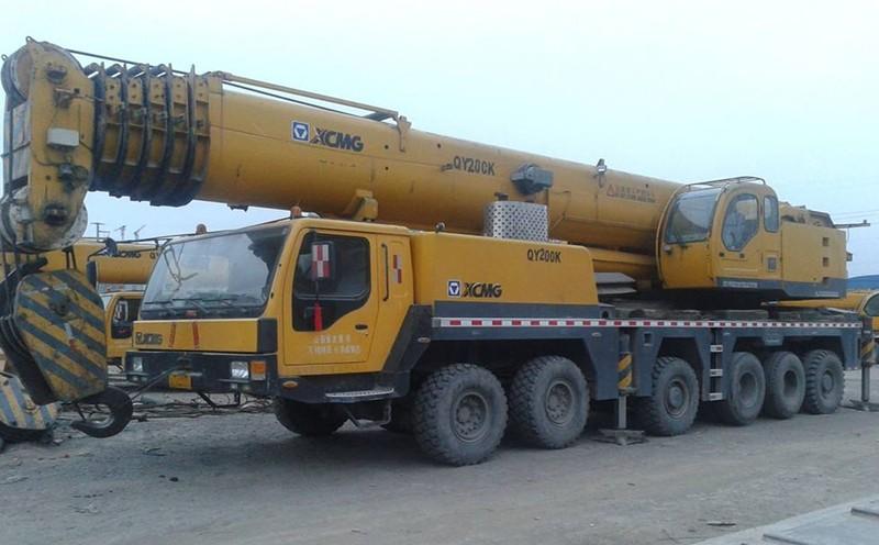 25吨汽车吊
