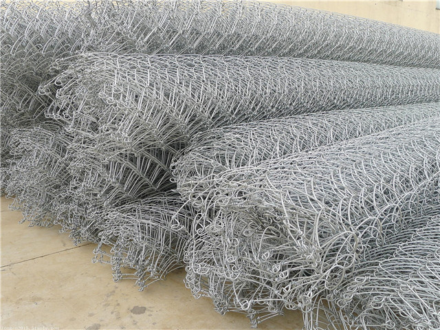 绞索网由高强度防腐钢丝成索后编制