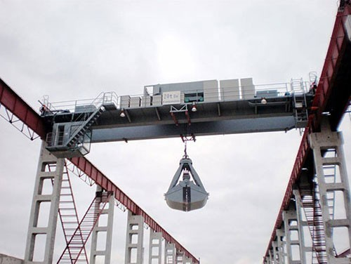 Grab bridge crane