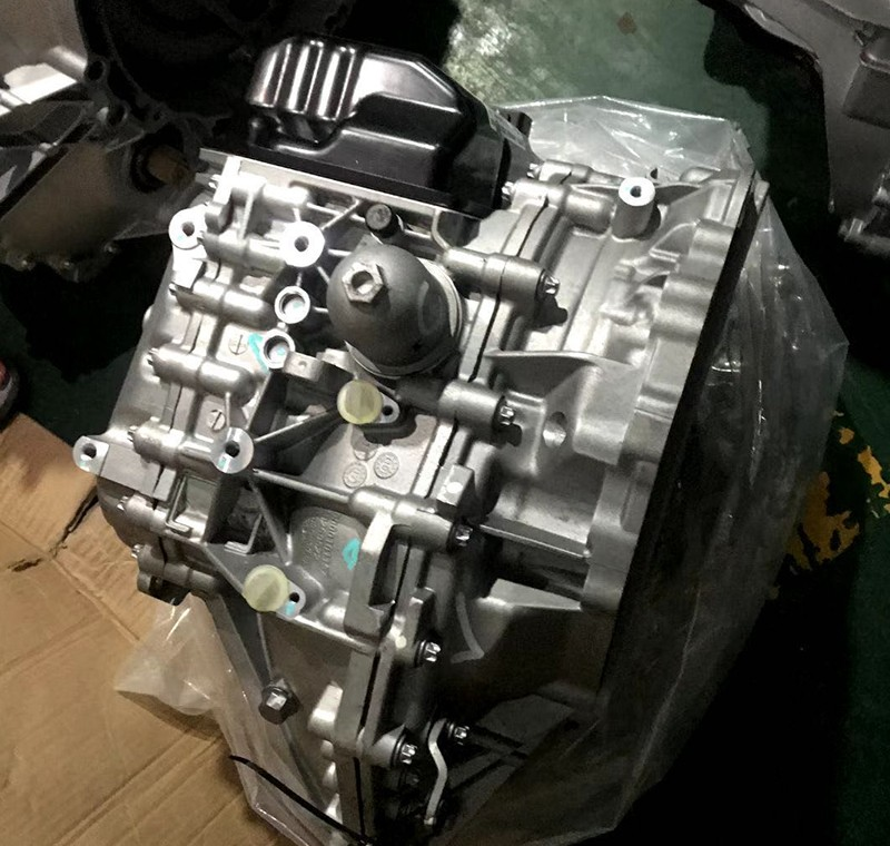 猎豹 众泰全新双离合器变速箱DCT360