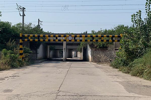 农村道路限高架