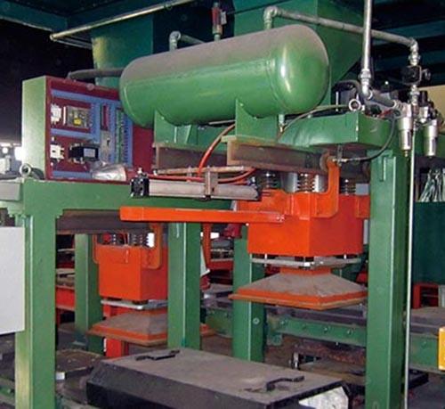 铁型覆砂铸球生产线